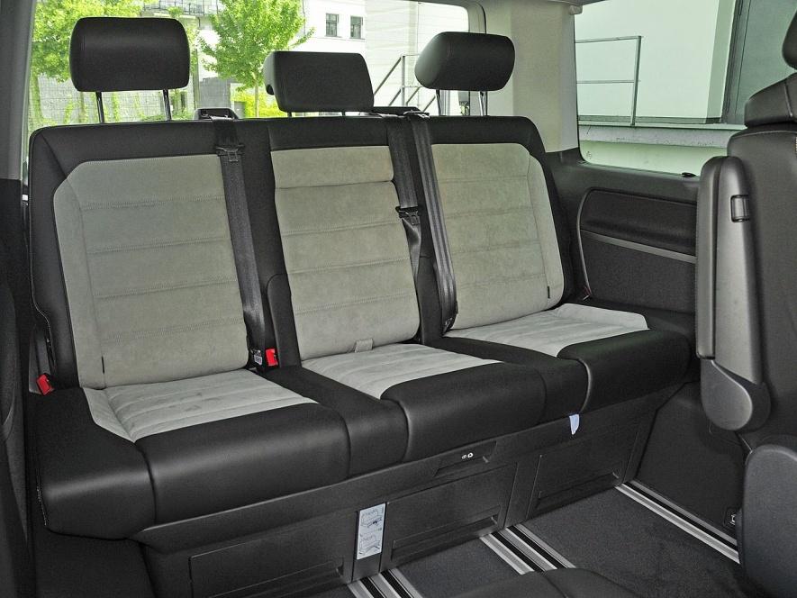 Nový-Volkswagen-Multivan_8n