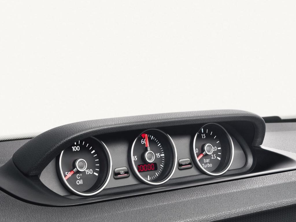 Volkswagen-Beetle-Cabriolet_9n