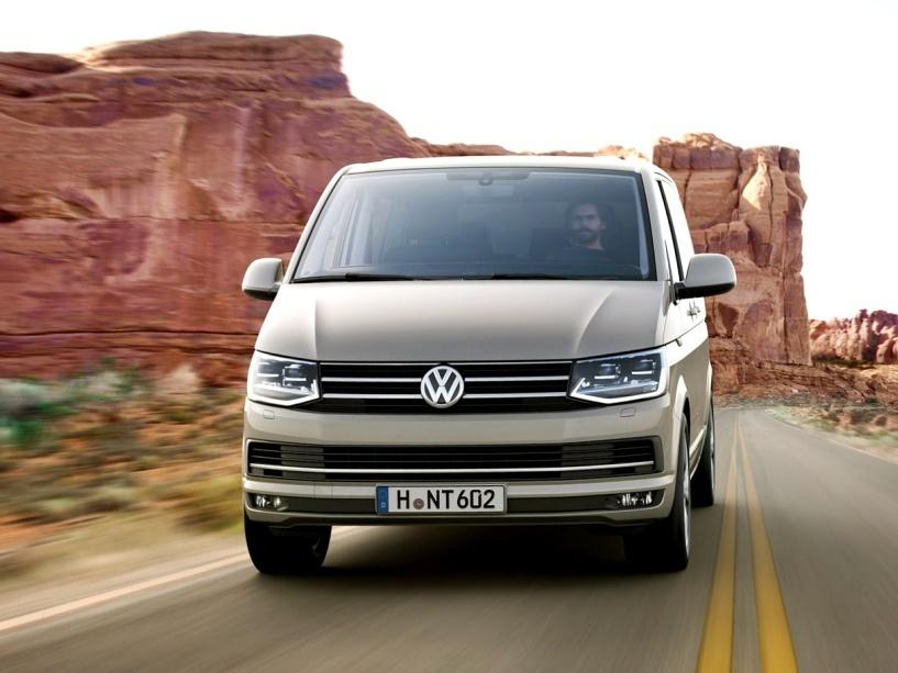 Volkswagen-Caravelle_3n