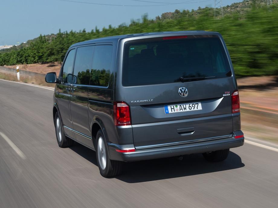 Volkswagen-Caravelle_4n