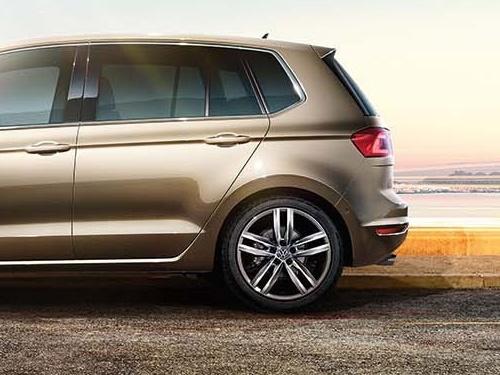 Volkswagen-Golf-Sportsvan_4-1