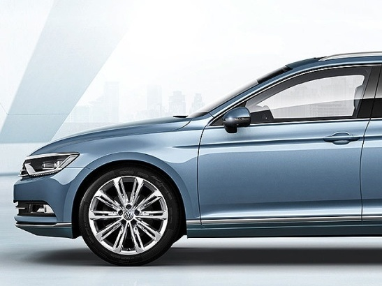 Volkswagen-Nový-Passat-Variant_2N