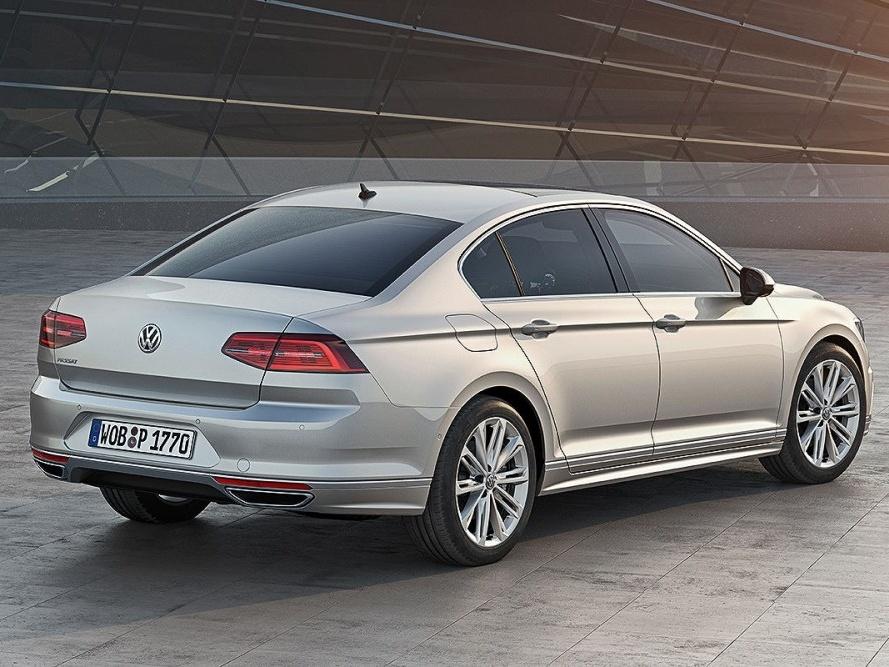 Volkswagen-Nový-Passat-Základní-model_3N
