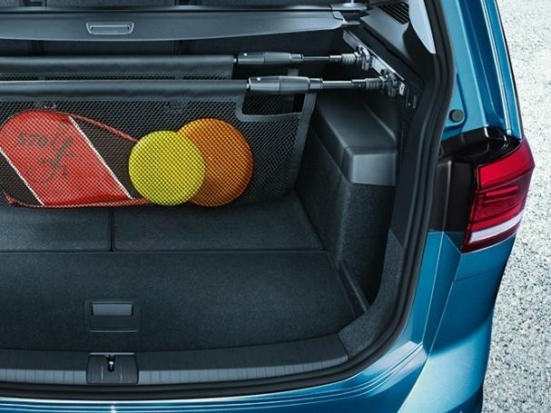 Volkswagen-Nový-Touran-Základní-model_9N