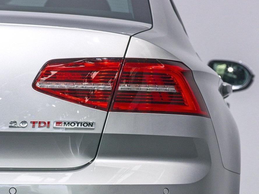 Volkswagen-Nový-Passat-Základní-model_9N