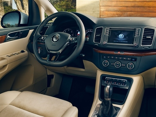 Volkswagen-Nový-Sharan-Základní-model_8