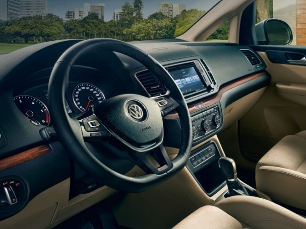 Volkswagen-Nový-Sharan-Základní-model_9
