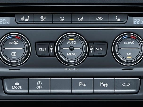 Volkswagen-Nový-Touran-Základní-model_11N