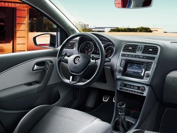 Volkswagen-Polo_8