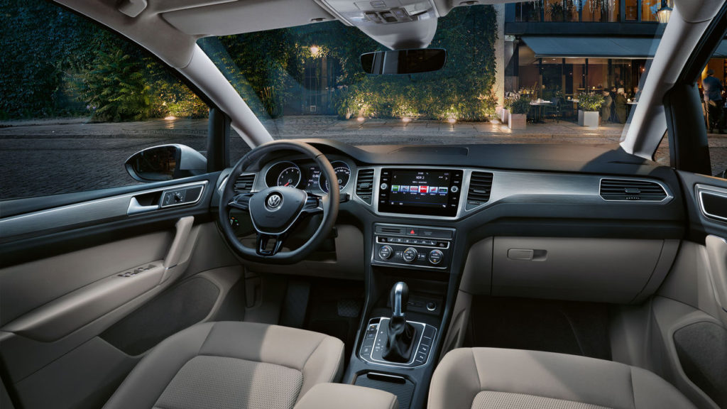 gs0413-comfortline-interior