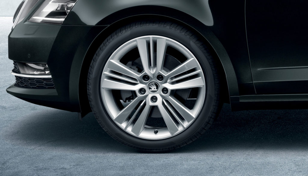 skoda-octavia-combi-pa-m70-wheels.8a2cffc091a1bed574486df0faf8d19f.fill-1440x822