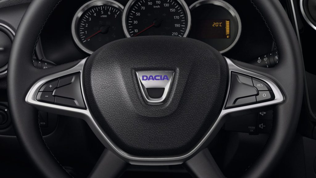 dacia-lodgy-j92-ph1-features-safety-002.jpg.ximg.l_12_h.smart