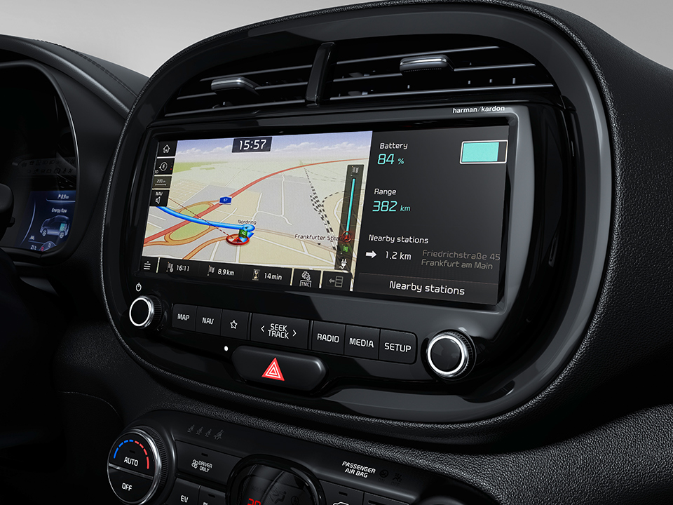 kia-e-soul-my19-10-navigation-touchscreen