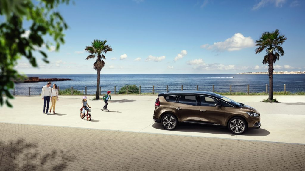 renault-grand-scenic-rfa-ph1-design-exterior-gallery-004.jpg.ximg.l_full_h.smart