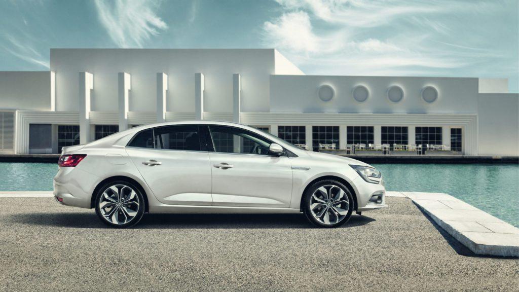 renault-megane-sedan-lff-ph1-design-002.jpg.ximg.l_full_h.smart