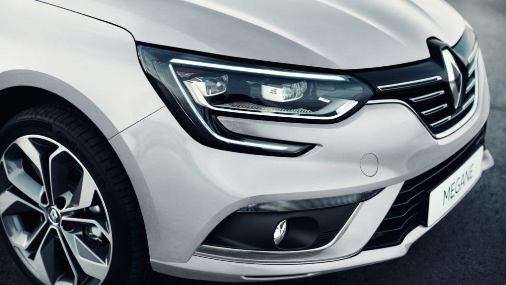 renault-megane-sedan-lff-ph1-design-004.jpg.ximg.l_full_h.smart