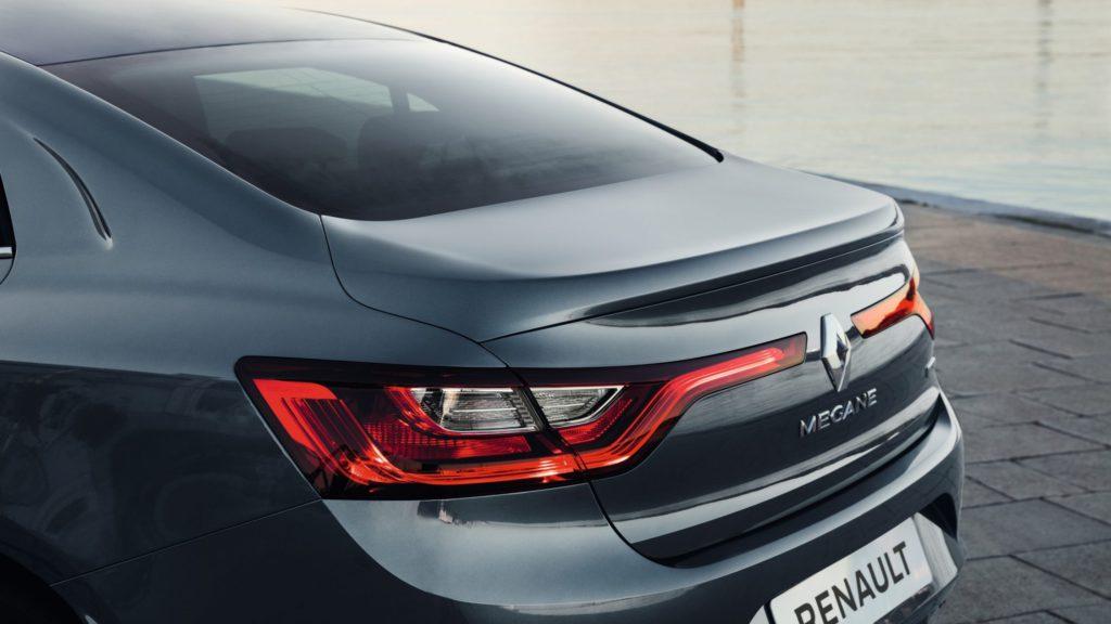 renault-megane-sedan-lff-ph1-design-005.jpg.ximg.l_full_h.smart