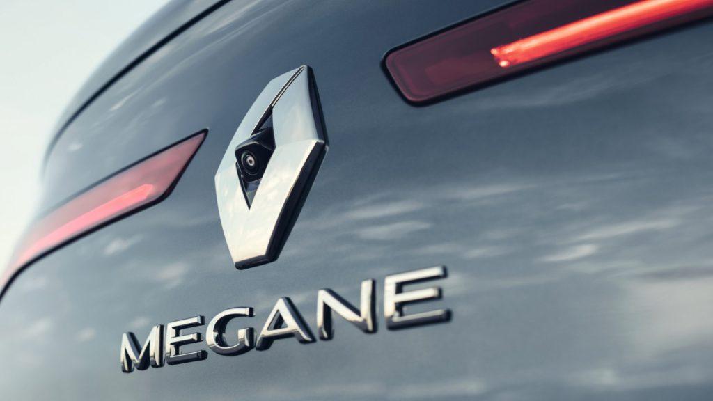 renault-megane-sedan-lff-ph1-design-006.jpg.ximg.l_full_h.smart