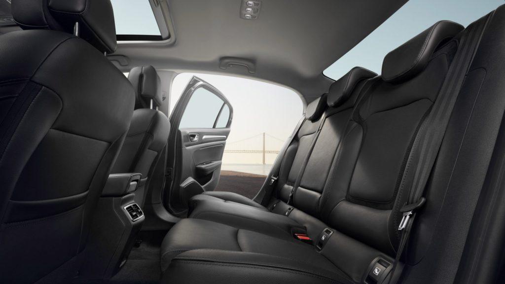 renault-megane-sedan-lff-ph1-design-012.jpg.ximg.l_full_h.smart