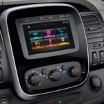renault-trafic-X82ph1-design-int-gallery-006.jpg.ximg.l_12_h.smart