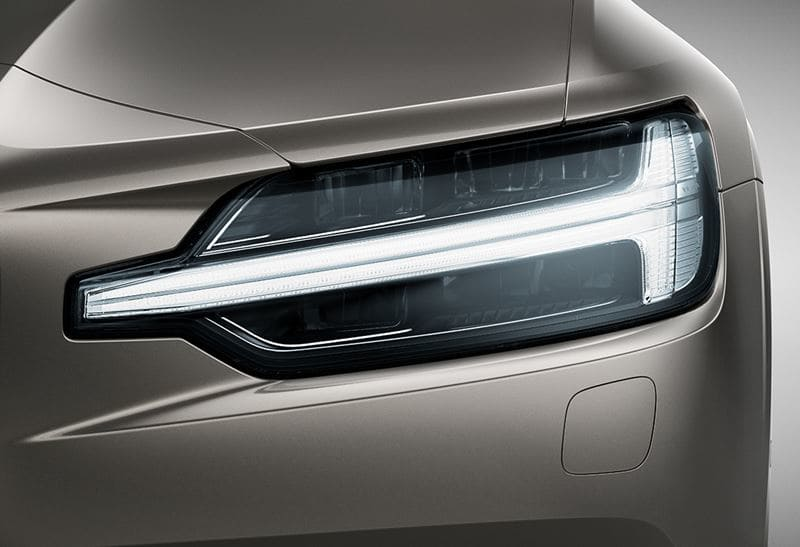 v60-exterior-feature-two-image-2