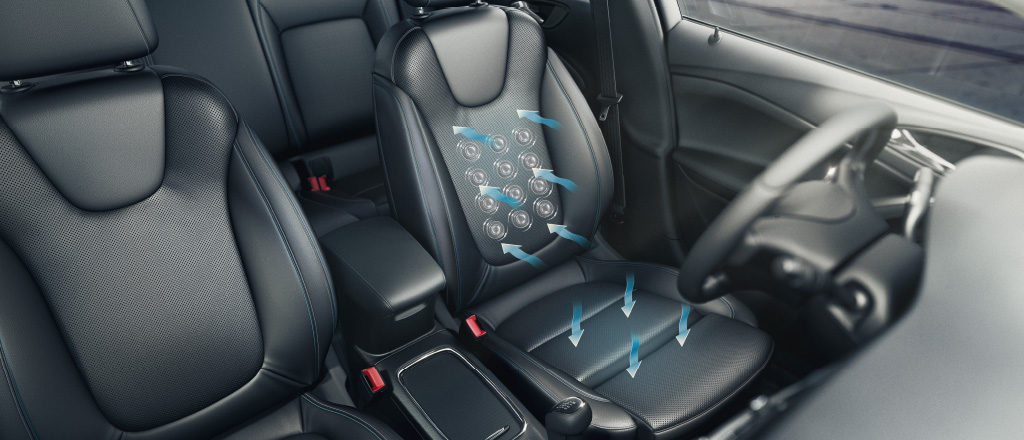 Opel_Astra_AGR_Seats_1024x440_as17_i02_241
