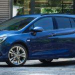 Opel_Astra_SportsTourer_Exterior_21x9_as20_e01_397