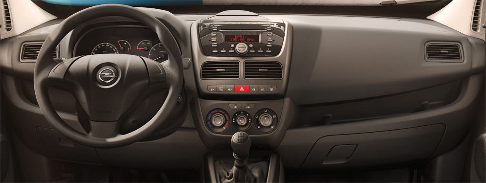Opel_Combo_Cargo_ModelOverview_mm_1_3_992x374_1200_cm14_i02_001