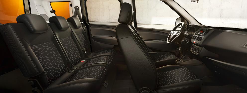 Opel_Combo_Tour_Interior_Design_Essentia_992x374_cp15_i04_002