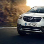Opel_Crossland_X_Exterior_Engines_1024x440_cr18_e01_011