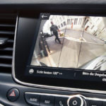 Opel_Crossland_X_Rear_View_Camera_Closeup_1024x440_cr18_i01_025