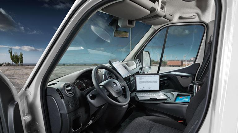 Opel_Movano_Interior_View_768x432_mo13_i04_621