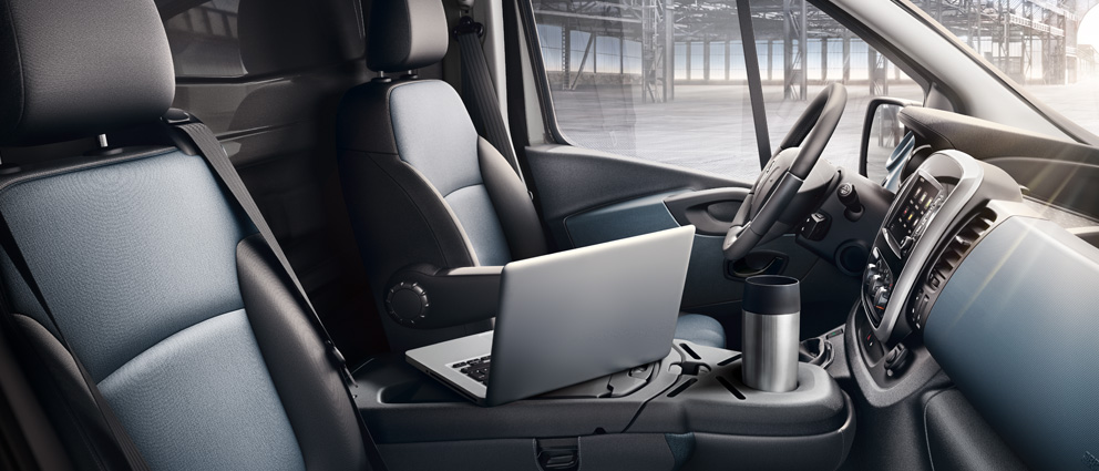 Opel_Vivaro_Office_Bench_with_Navi_80_IntelliLink_992x425_vi15_i01_718