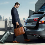 Opel_Insignia_ST_Power_Tailgate_1024x440_ins18_e01_009