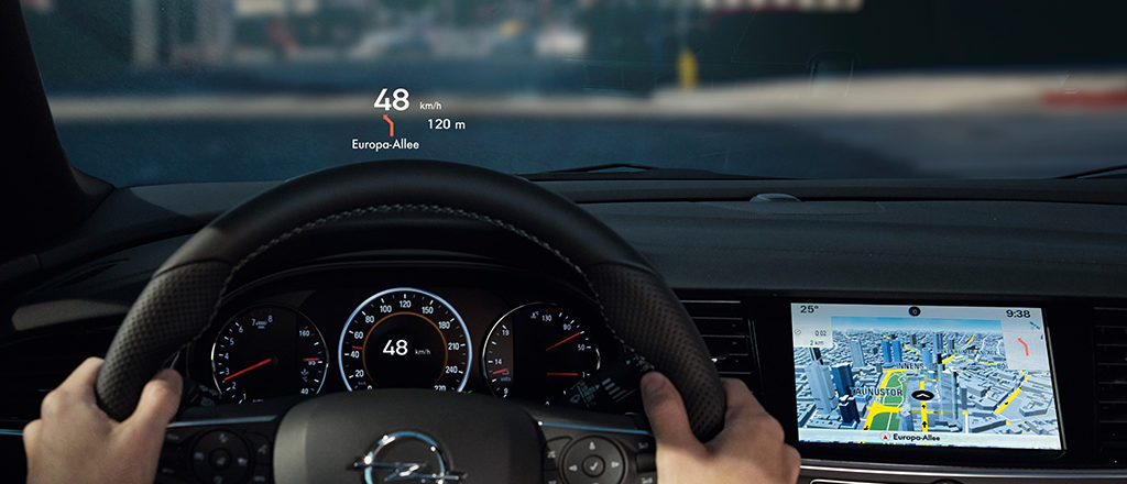 Opel_Insignia_Head_Up_Display_1024x440_ins18_i01_057-1