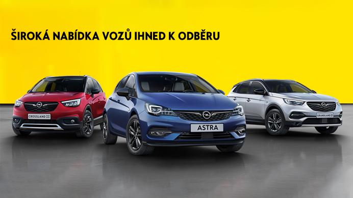 Skladové a předváděcí vozy Opel