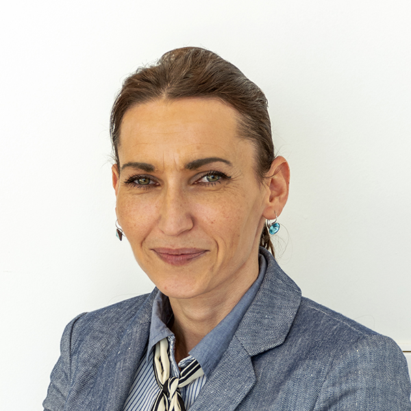 Linda Halda Marianová