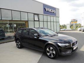 Volvo V60 CC B4 AWD PRO AUT